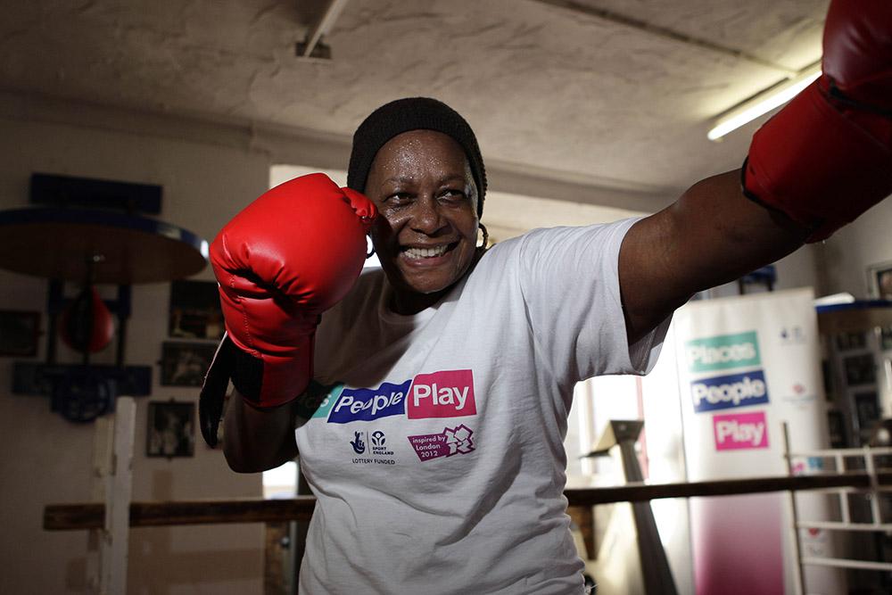 A lady boxing